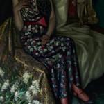 Портрет молодой женщины в интерьере с черемухой 84х150 холст, масло